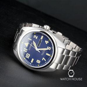 Citizen Nachtblaue Herrenuhr BM8560-88LE Super Titanium Eco Drive
