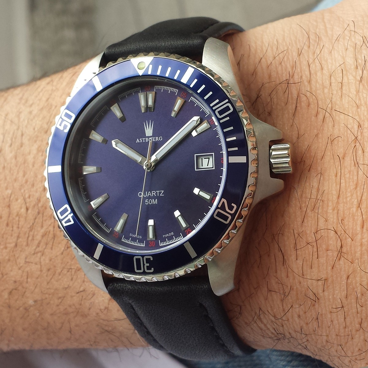 Astboerg Swiss Made Herrenuhr Ocean AT2703LB